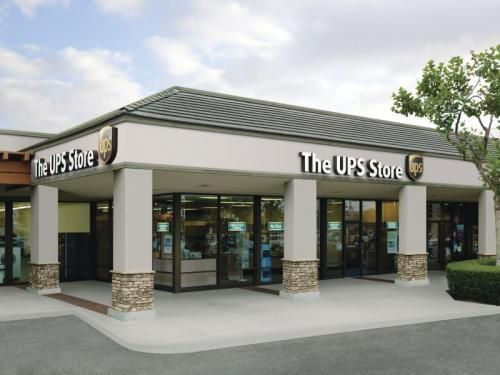 Advantages of Owning a Franchise | The UPS Store Franchise