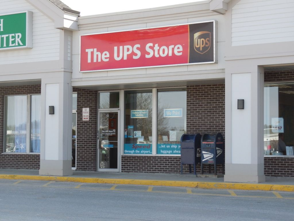 franchise opportunity in south portland maine the ups store. Black Bedroom Furniture Sets. Home Design Ideas